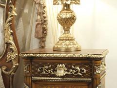 Comodino e lampada in stile luigi xvi - Noce e Intarsi