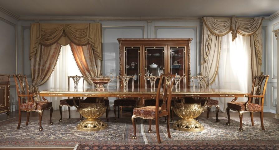 Sala da pranzo Luigi XVI mobili di classica eleganza