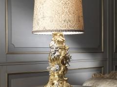 lampada dorata stile baroccco