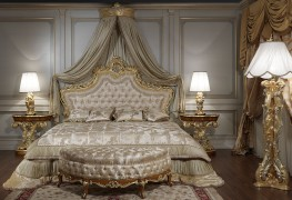Luxury classic bedroom roman baroque style: classic carved night tables baroque style matched to luxury classic bed Louis XV style