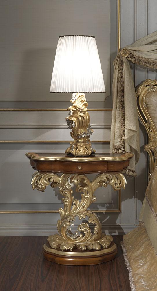 Camera da letto classica di lusso in stile barocco romano