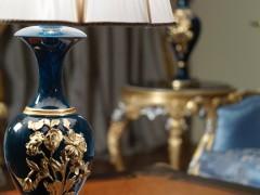 Mobili classici italiani: lampada in stile Luigi XVI laccata, intagliata e dorata