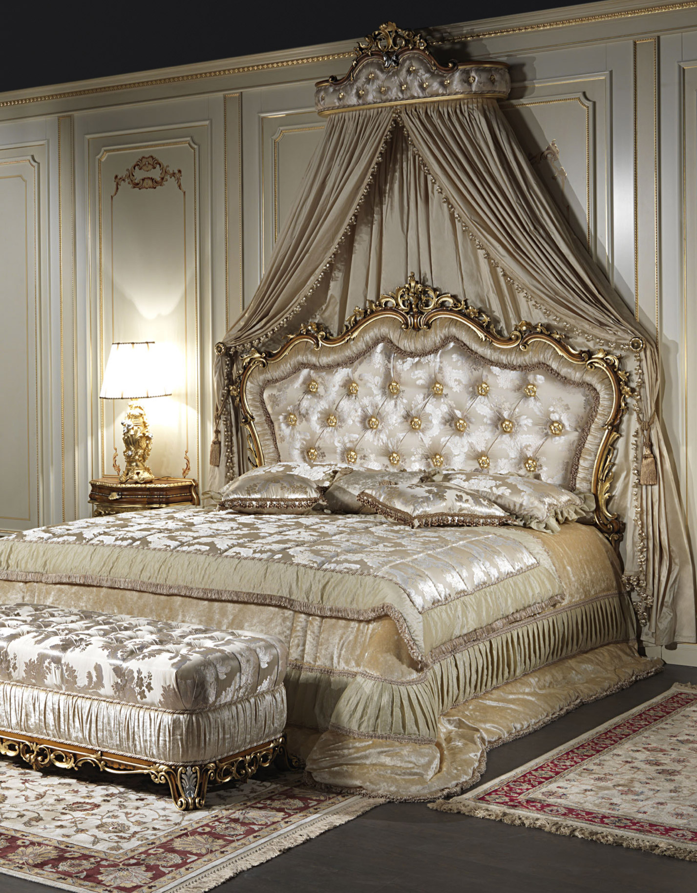 Classic double bed baroque for Deco baroque