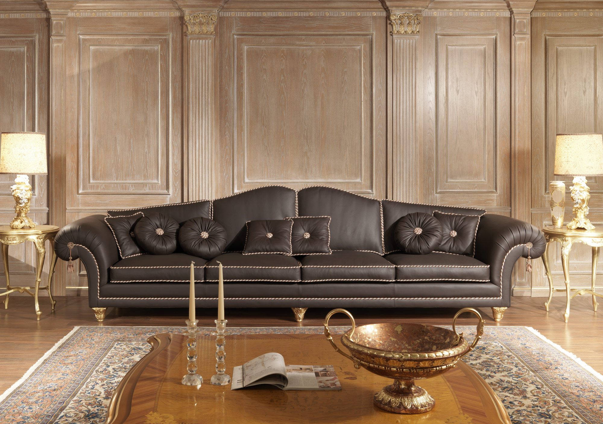 Classic sofas for luxury living rooms