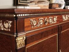Produzione mobili classici: arredi di lusso