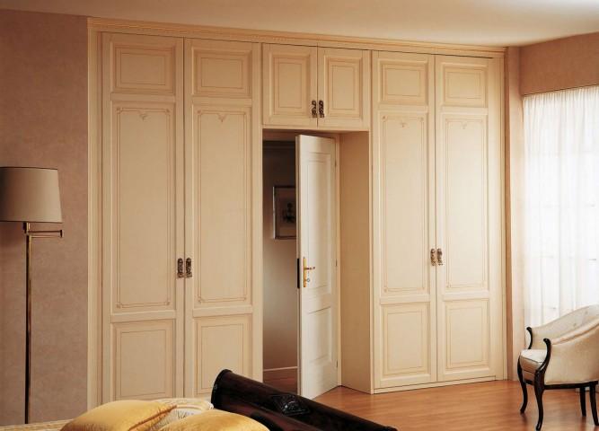 Classic modular wardrobe