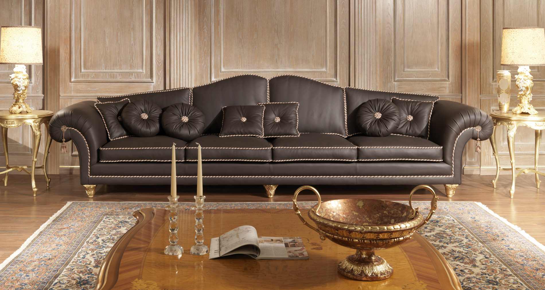 luxury sofas in leather classic style modern beauty. Black Bedroom Furniture Sets. Home Design Ideas