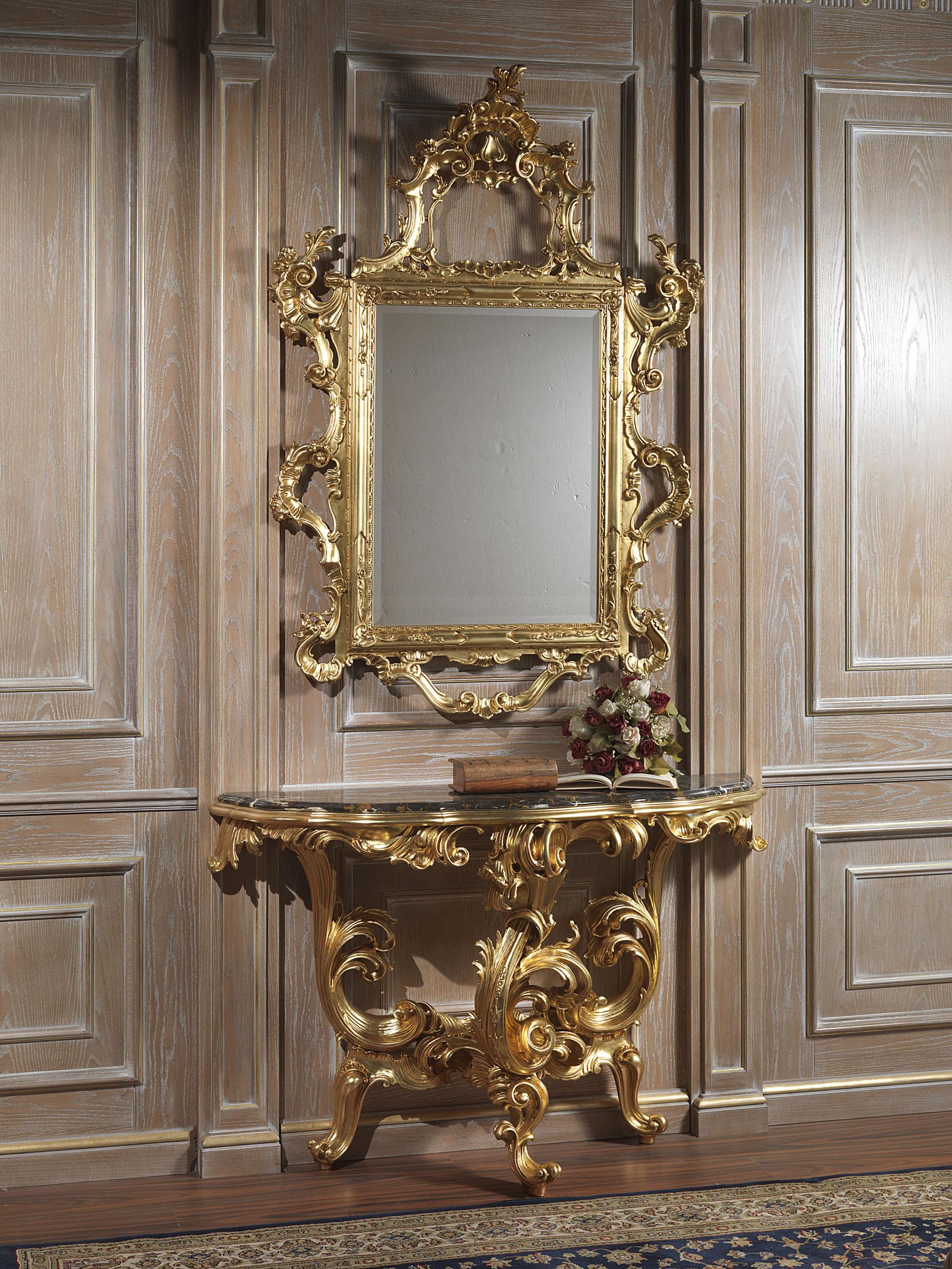 Specchiera di lusso con intagli e dorature for Non solo salotti luxury