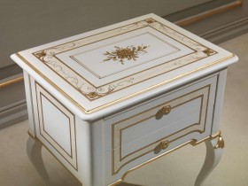 Lacquered bedside table for classic double bedroom