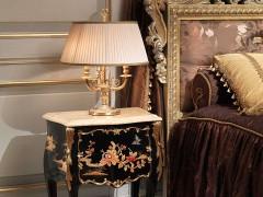 Прикроватная тумбочка для спальной комнаты в классическом стиле шинуазери́
