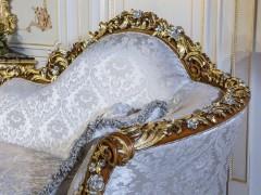 Dormeuse classica, intagli