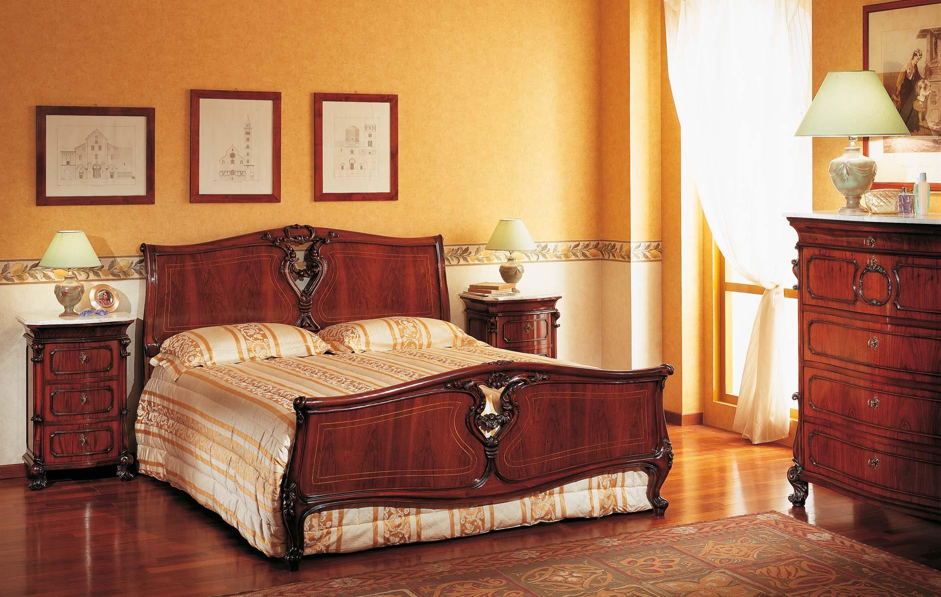 Classic 18th Century Sicilian Bedroom Vimercati Classic