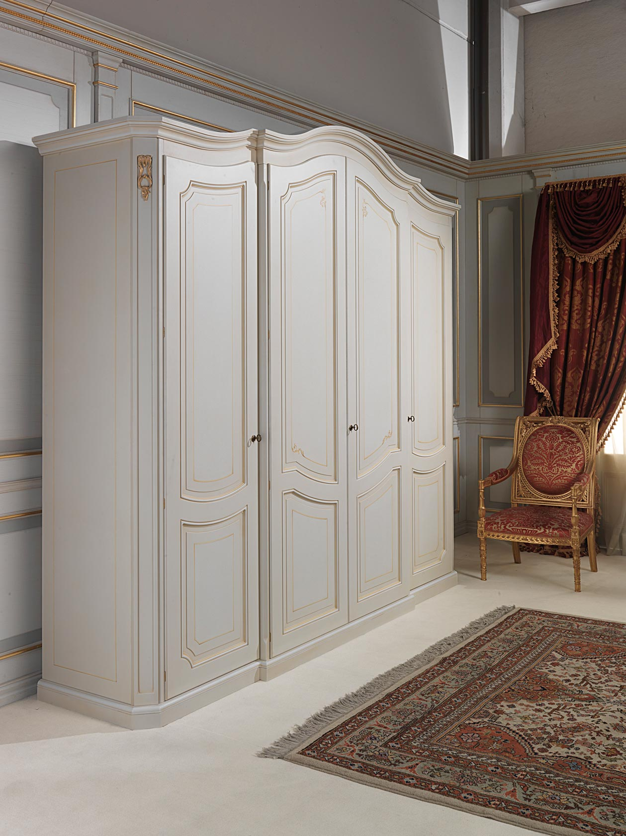 armoire classique xviiie si cle avec quatre portes ivoire. Black Bedroom Furniture Sets. Home Design Ideas