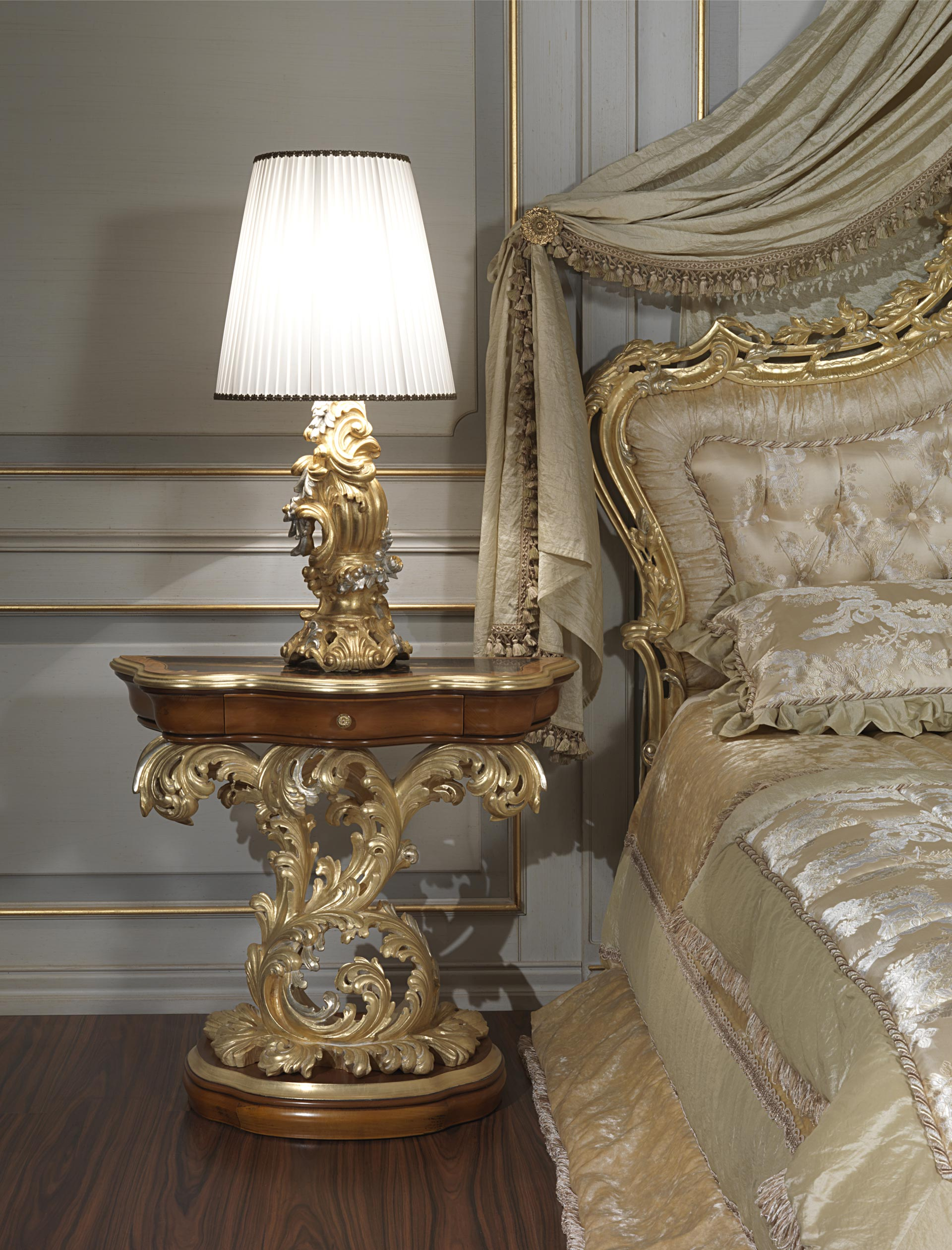 Baroque Night Table Of The Luxury Classic Collection Art