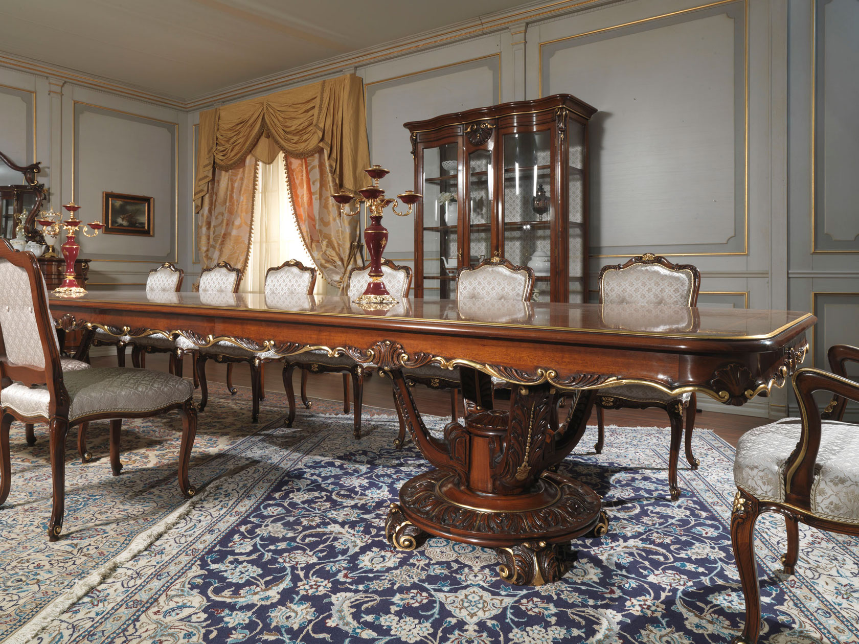 Carved table and glass showcase in louis xv style for Classic furniture