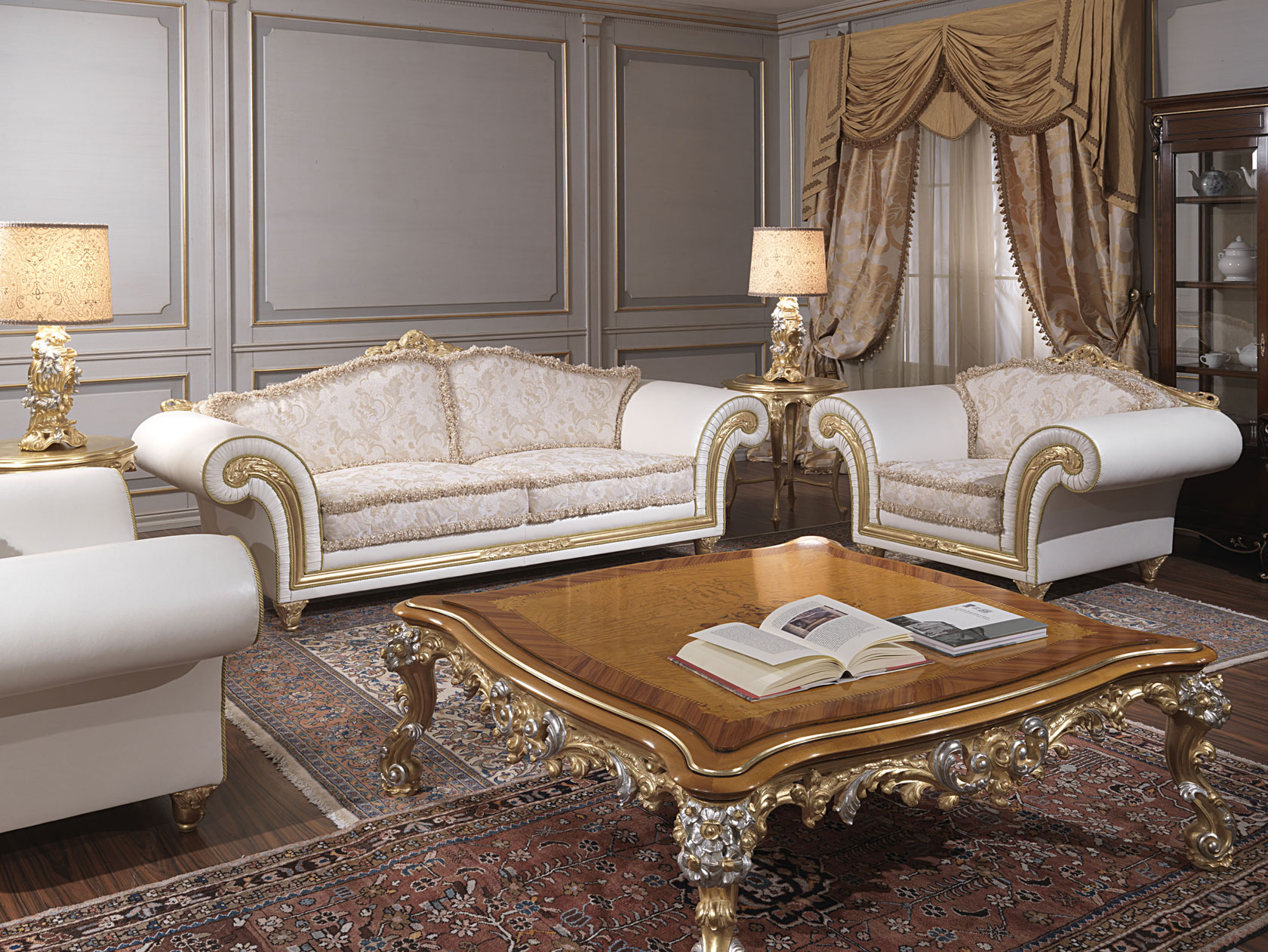 Classic Living Room Imperial Leather And Fabric