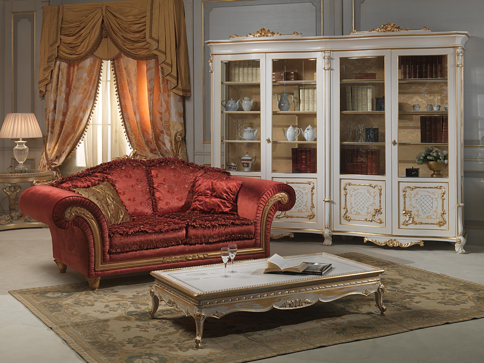 Living Room With Venice Glass Showcase In Louis Xv Style Vimercati Classic Furniture