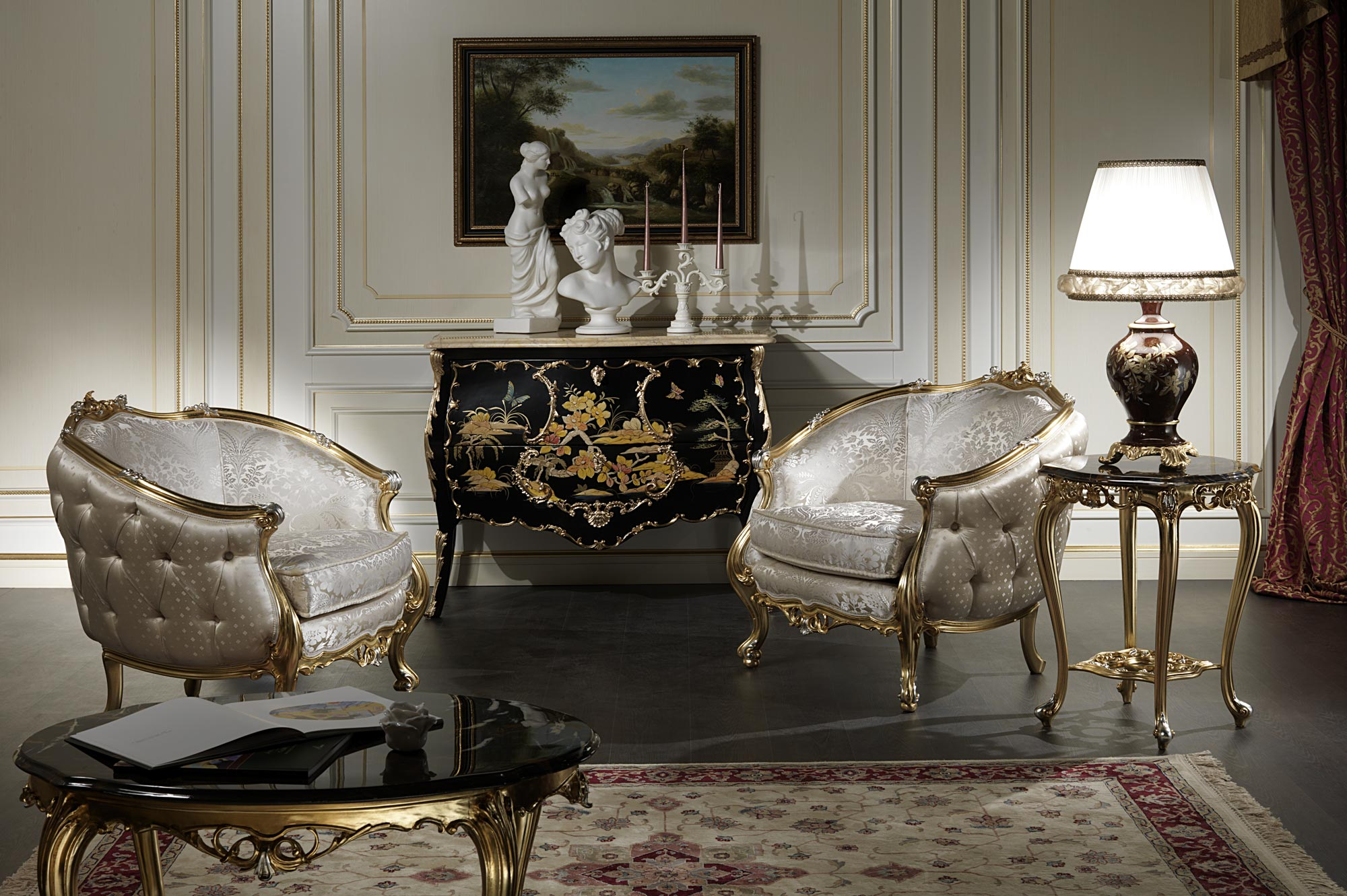 Venezia luxury classic armchairs vimercati classic furniture for Classic home tables