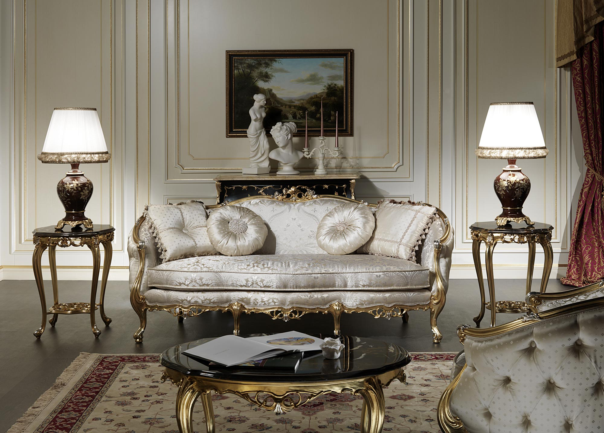 Classic sofa of the venezia collection vimercati classic for Classic living room furniture