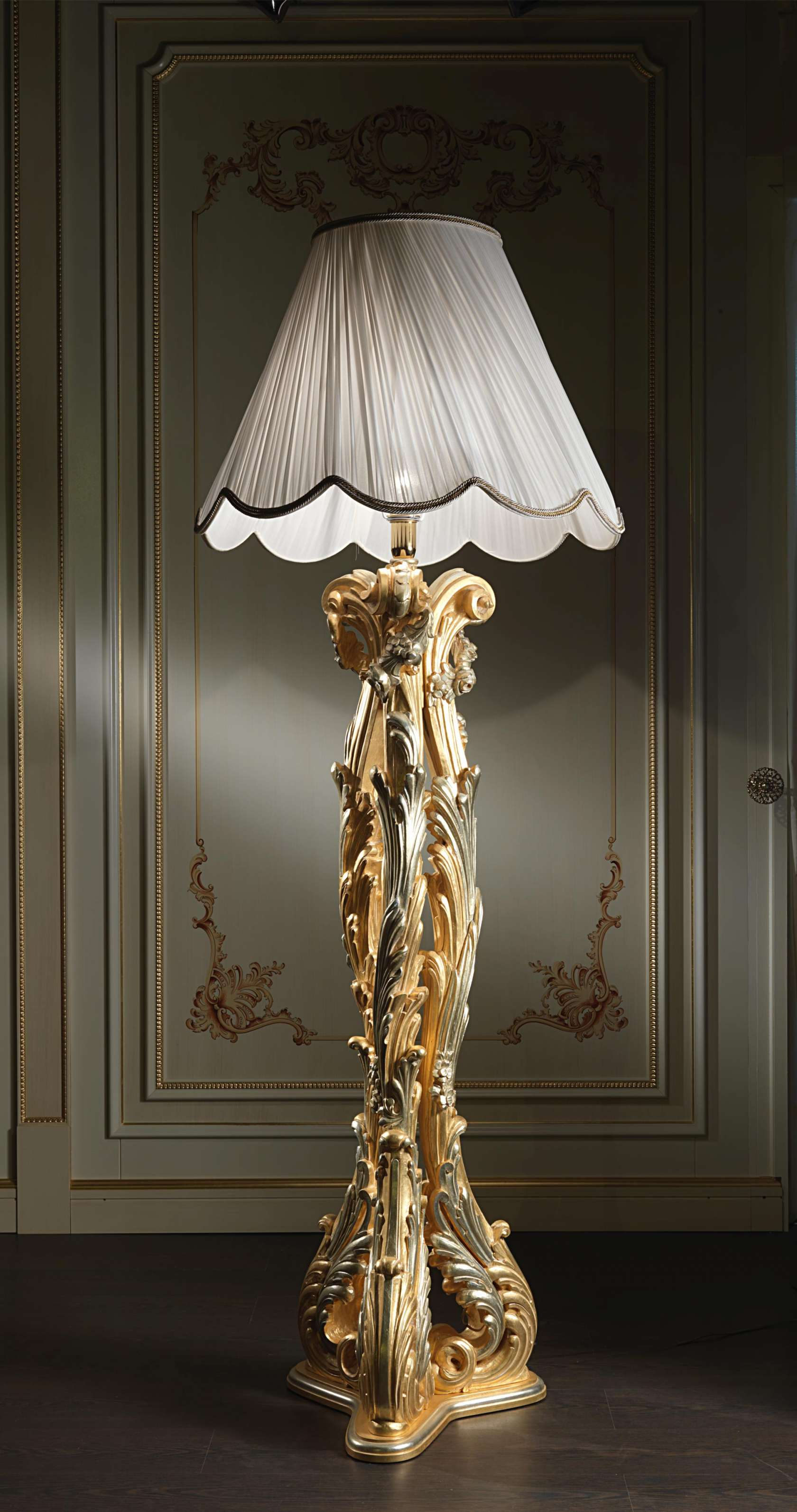 Luxury Floor Lamp In Baroque Style Vimercati Classic Furniture