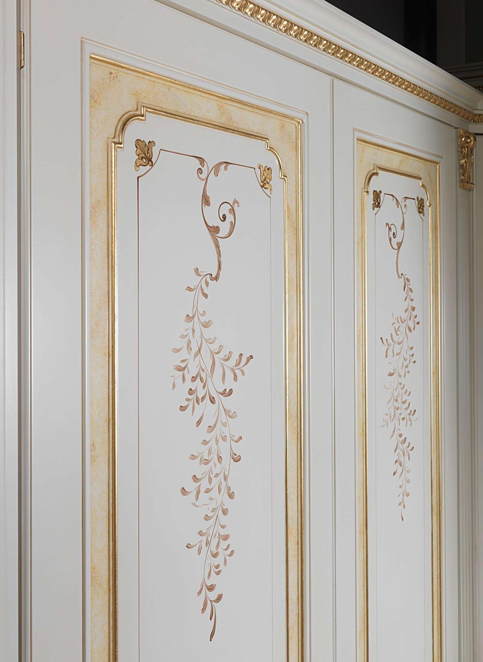 Armoire Modulaire Classique Decoree Et Doree Vimercati Classic Furniture
