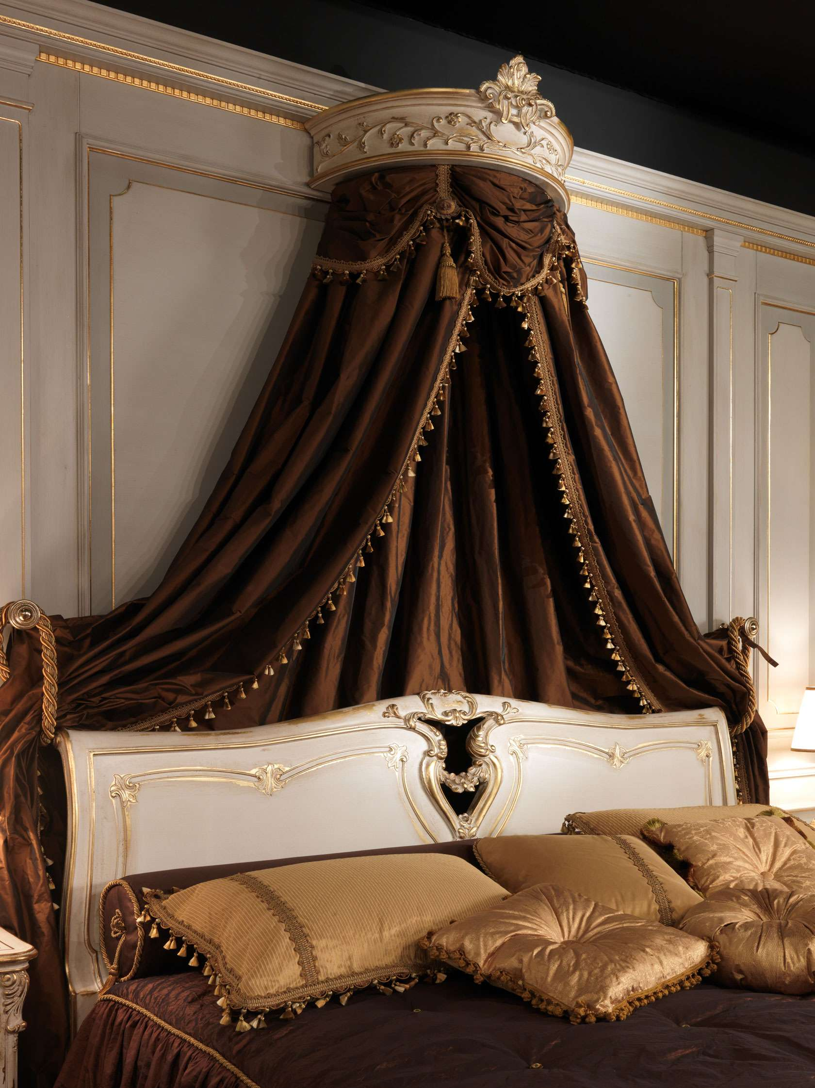 Louis xvi bedroom furniture - Louis Xvi White And Gold Classic Bedroom Vimercati Classic Furniture Bedroom Decor
