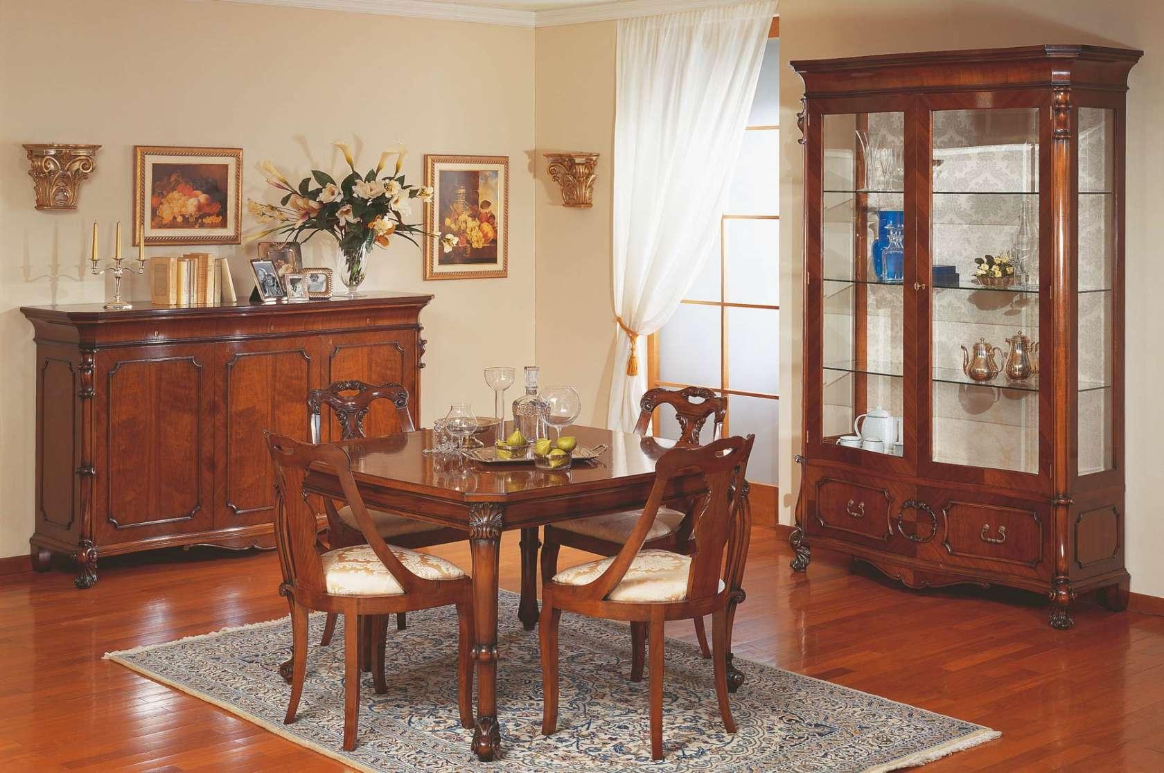 Salle à manger classique style XVIIIe siècle sicilien | Vimercati ...