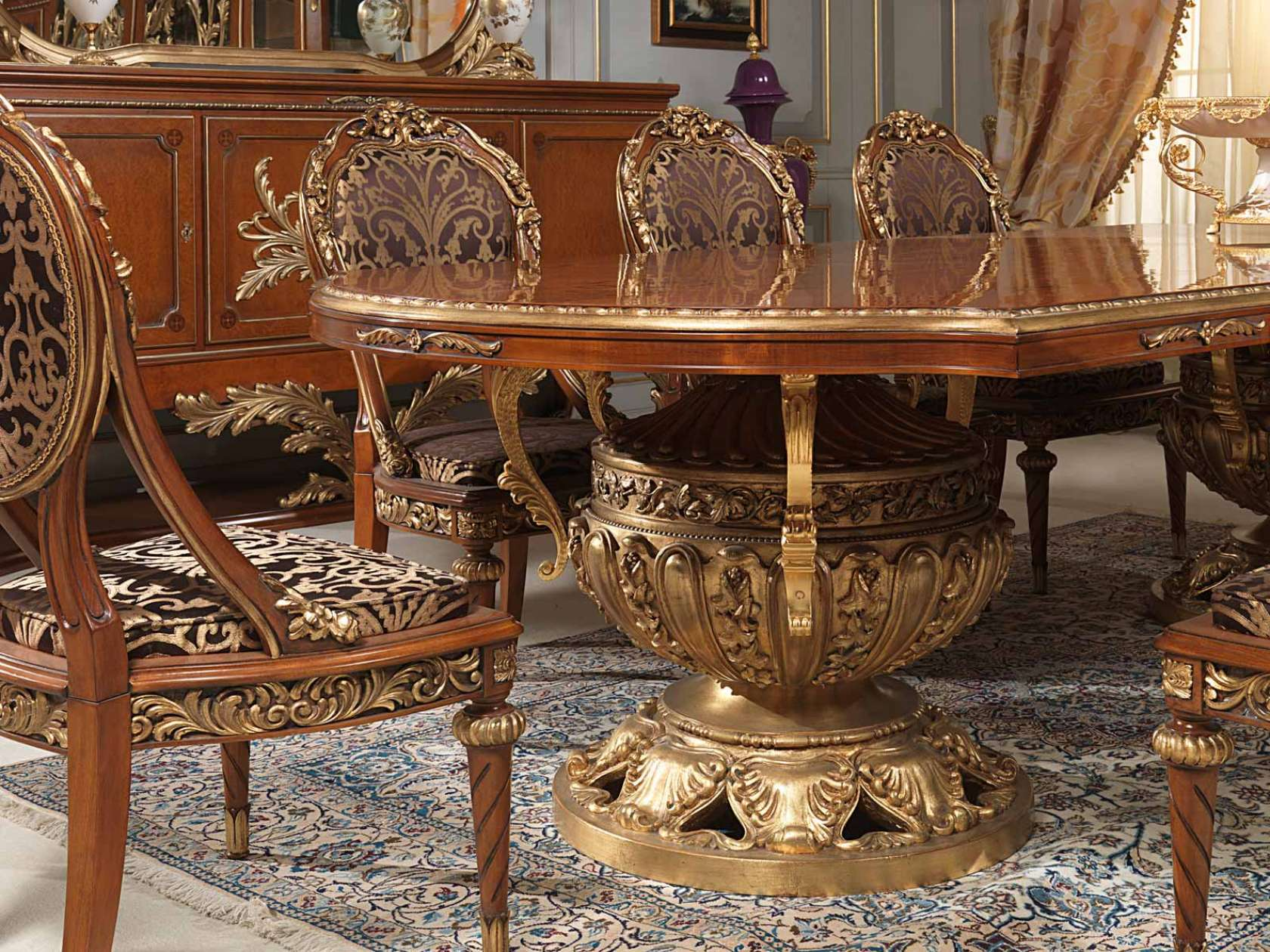Table and chairs Versailles in Louis XVI style