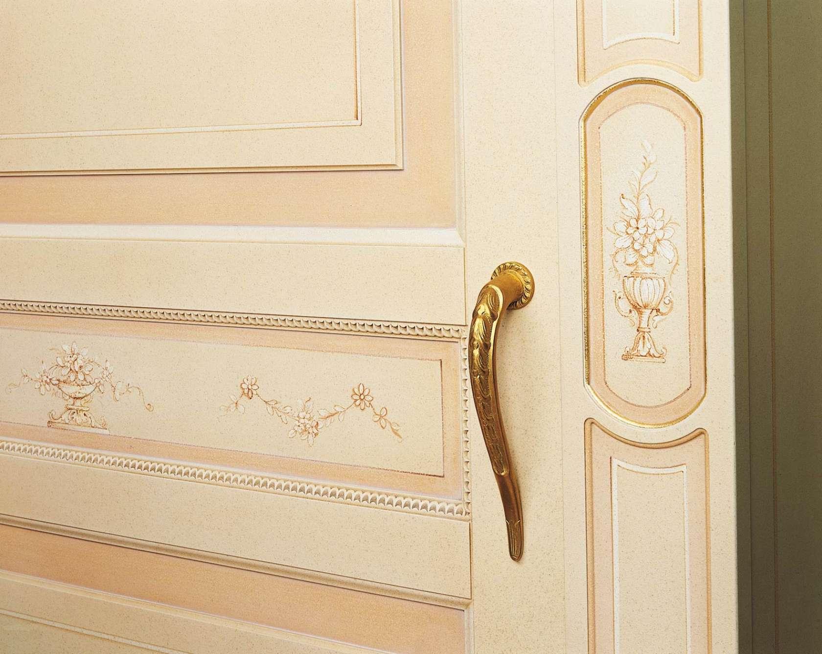 Home Decor Ante Scorrevoli.Classic Wardrobe Canova Sliding Doors Vimercati Classic Furniture