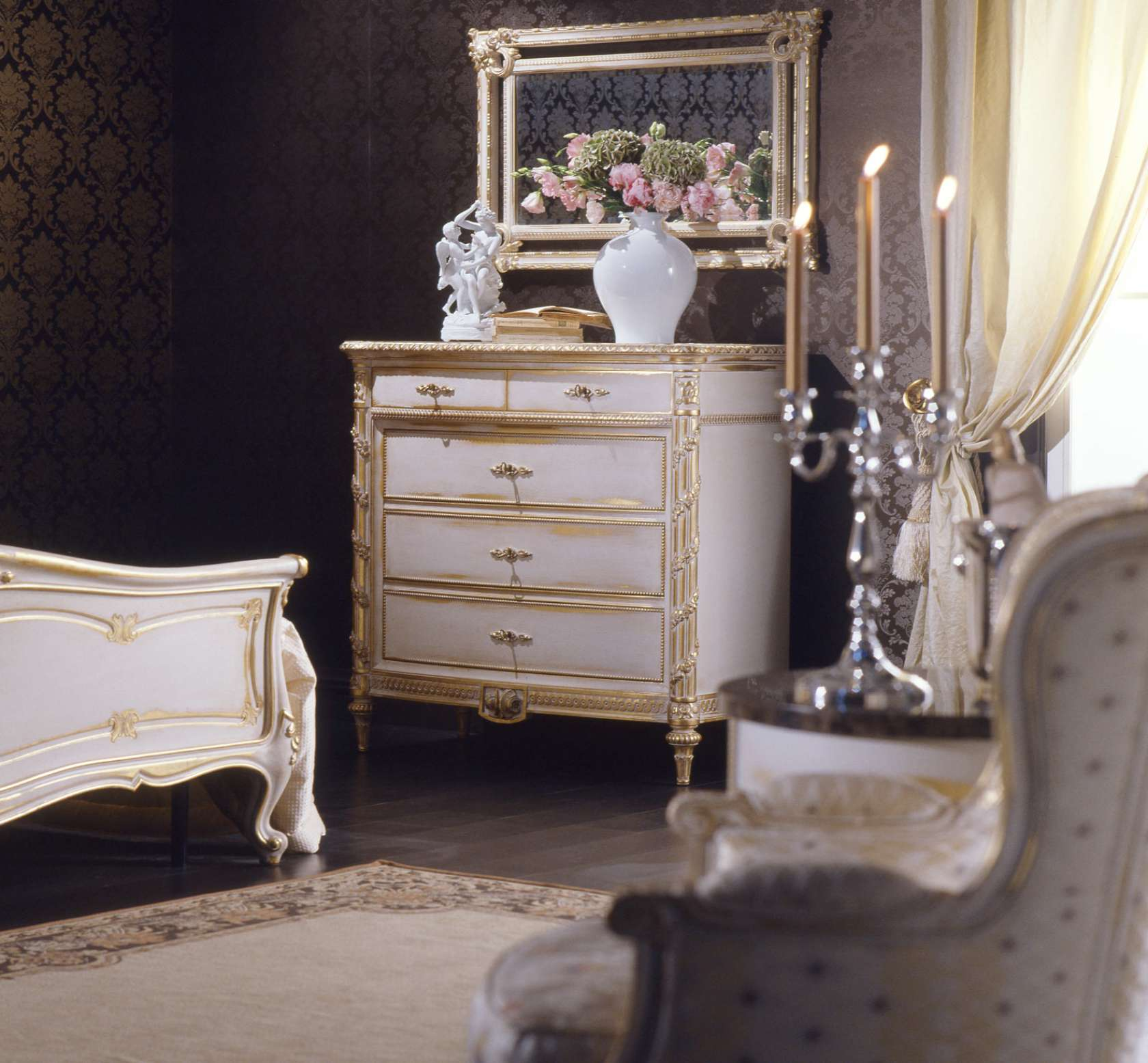Louis xvi bedroom furniture - Classic Louis Xvi Bedroom Bed Chest Of Drawers Wall Mirror Finishing In