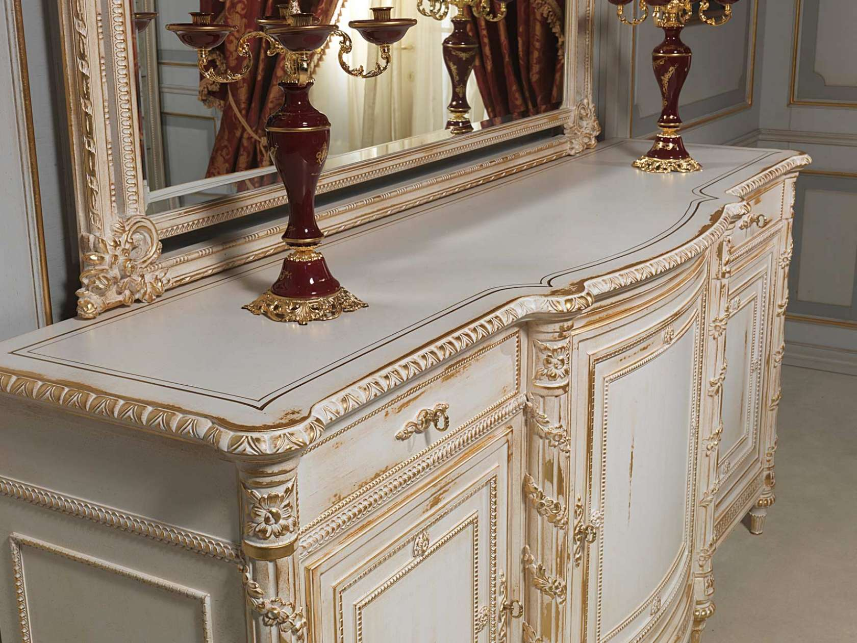 Carved sideboard in louis xvi vimercati classic furniture for Miroir louis xvi