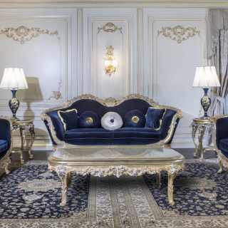 Luxury living room in Baroque style