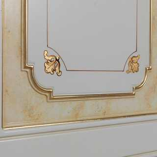 Classic modular wardrobe, withe and gold finish, golden stripes and flower decorations. Detail