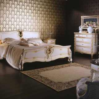 Classic bed and chest of drawers, Luigi XVI style