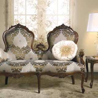 divano due posti classico carlotta, divano classico legno, divano legno stoffa, divano intagliato, arredo classico salotto, mobili lusso zona giorno