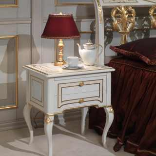 Classic luxury night collection Rubens, 700 francese style: lacquered and gold night table