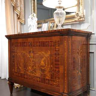 Inlayed walnut chest of drawers, I Maggiolini classic luxury collection. Carved wall mirror gold leaf finish