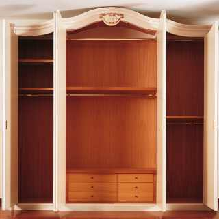 Classic wardrobe Settecento collection with wooden interiors