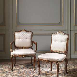 Upholstered and carved chairs, Luigi XV style. Handmade in Italy