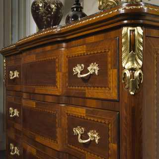 Classic luxury chest of drawers Louis XV France