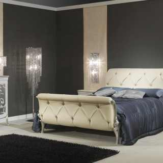 Art Decò style bedroom, made in Italy: bed, night tables, chest of drawers, wall mirror