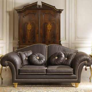 Sofa in leather for a luxury living room
