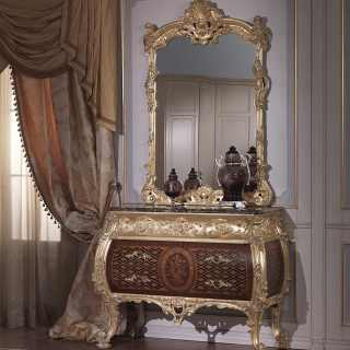 Luxury chest of drawers Louis XV style