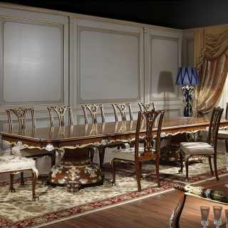 Classic meeting table in the style of Louis XV