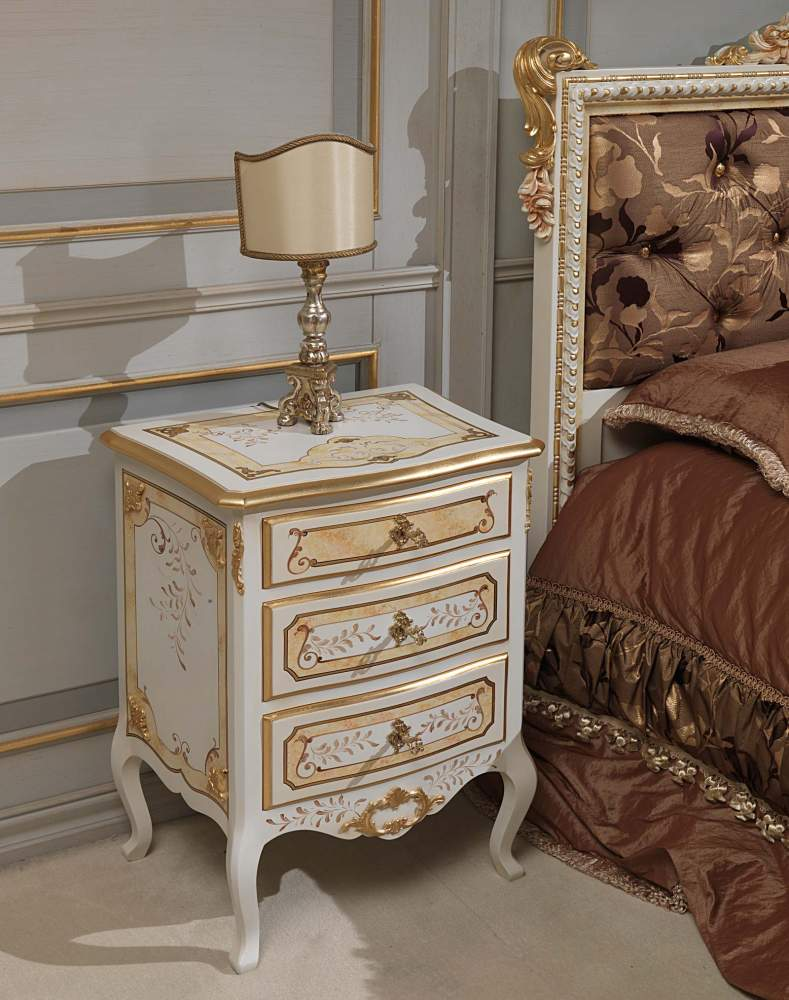 Classic Louvre bedroom, night table ivory and gold