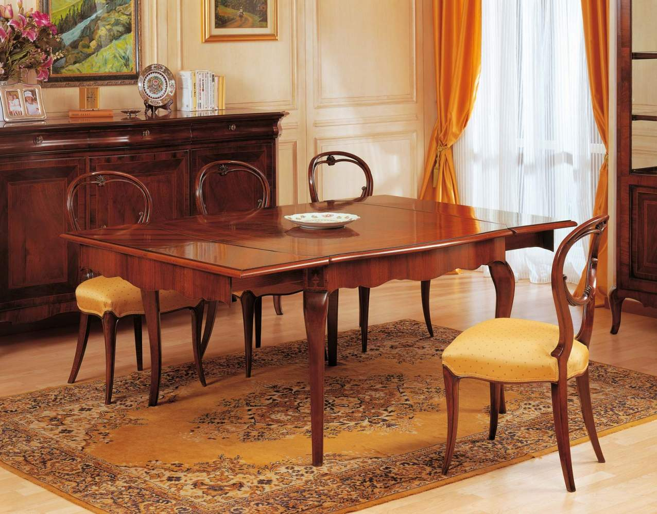 Table extensible XIXe siècle français