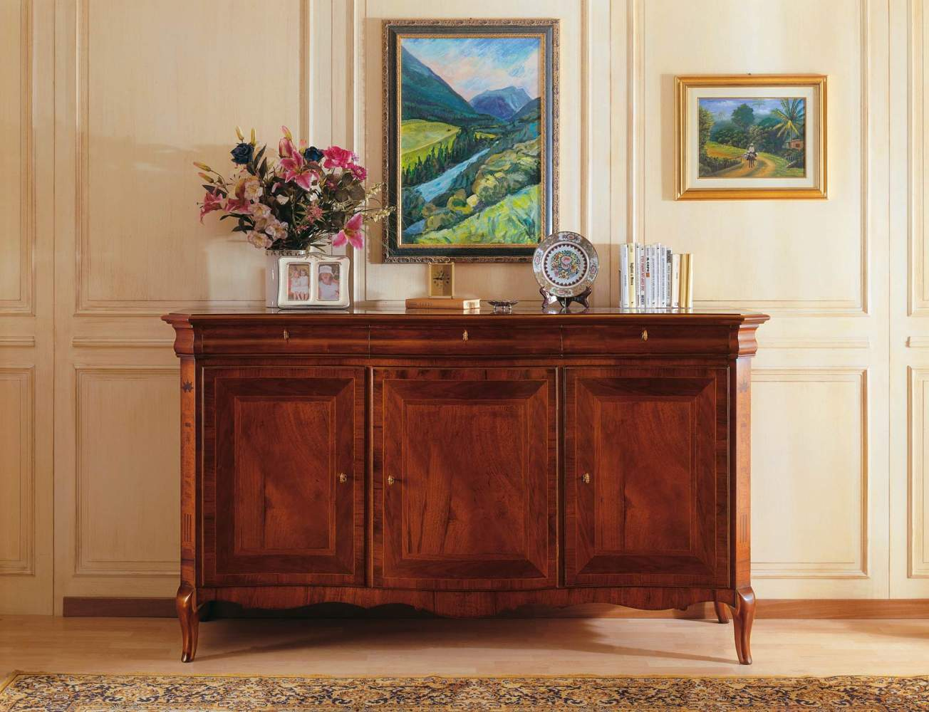 Walnut sideboard in 19th century french syle