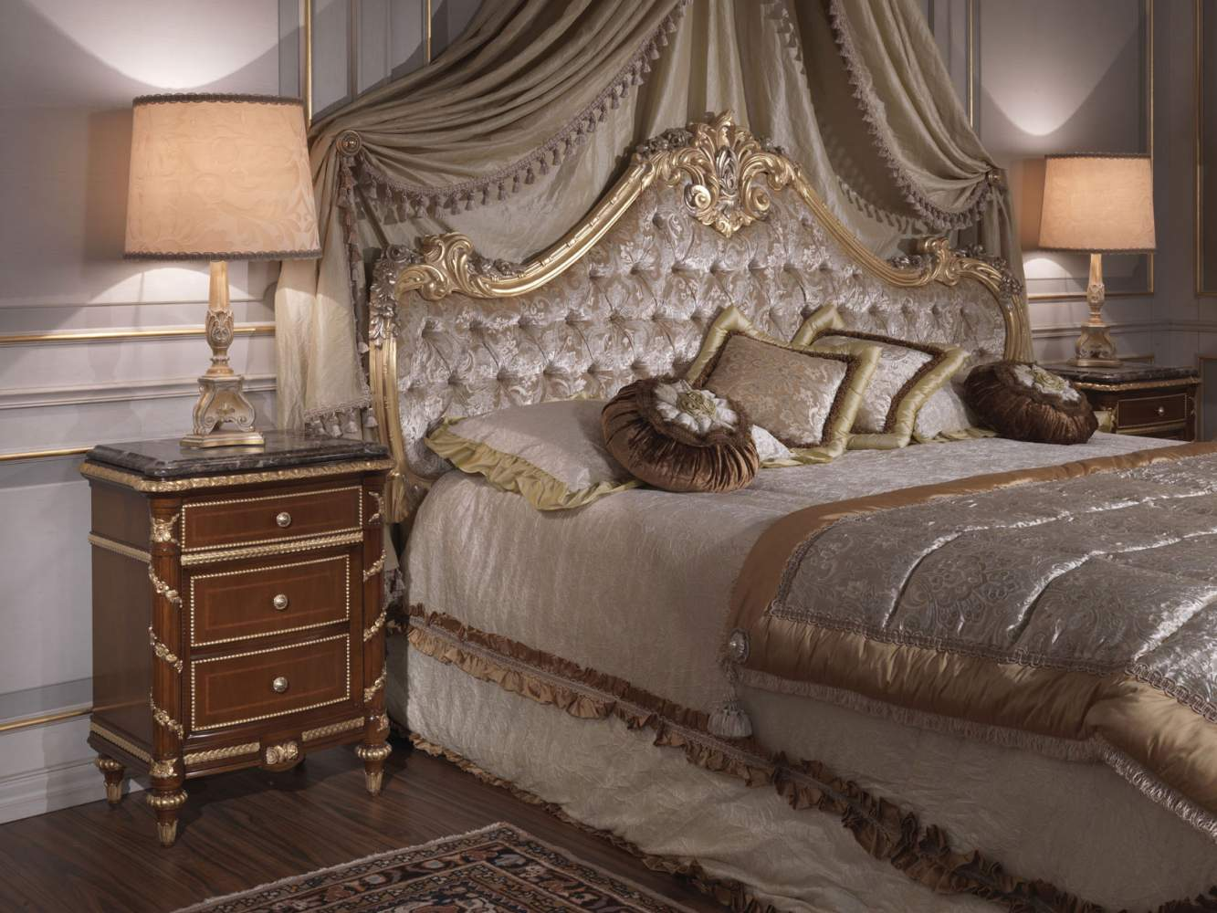 Classic bedroom italian 18th century bed cherry wood for Chambre style louis xv