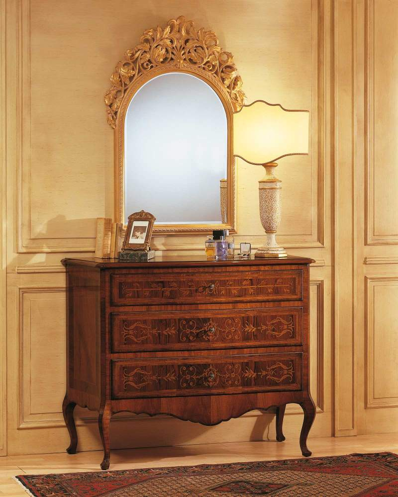 Classic Louvre bedroom, walnut chest of drawers in walnut and carved wall mirror
