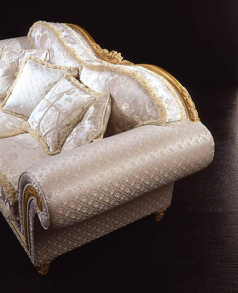 Classic sofa Excelsior in floral fabric